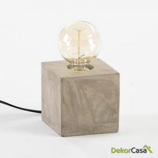 Lámpara de Sobremesa cube sin pantalla 12x12x24cm