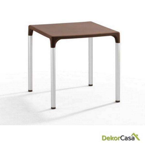 Mesa ELIANA, aluminio, polipropileno color chocolate