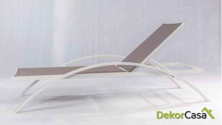 Tumbona lisi de aluminio negro/ taupé/ blanco 195x71x45cm